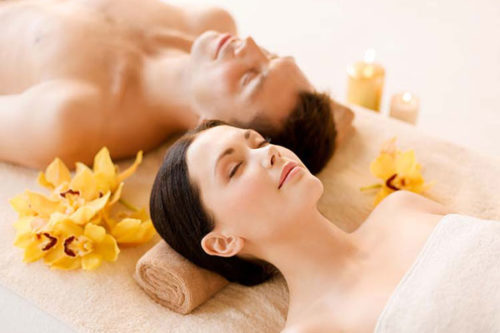 Romantic-Valentines-Day-Date-Ideas-Couples-Spa